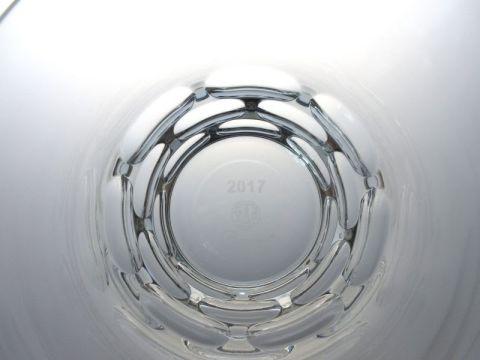 バカラのルチアのロックグラス、2017年イヤータンブラー真上