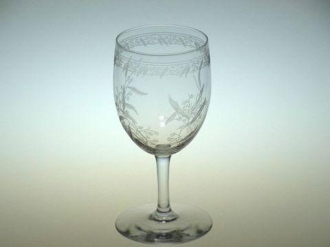 バカラのミモザのワイングラス正面