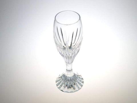 バカラのマッセナのリキュールグラス斜め上