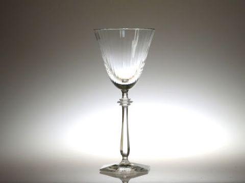 バカラのワイングラス、アルカード