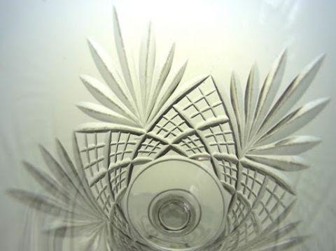 バカラのワイングラス、エピナルのカット部分