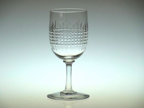 バカラのワイングラス、ナンシー