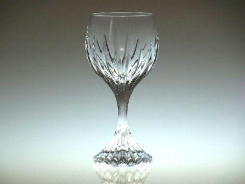 バカラのワイングラス、マッセナ