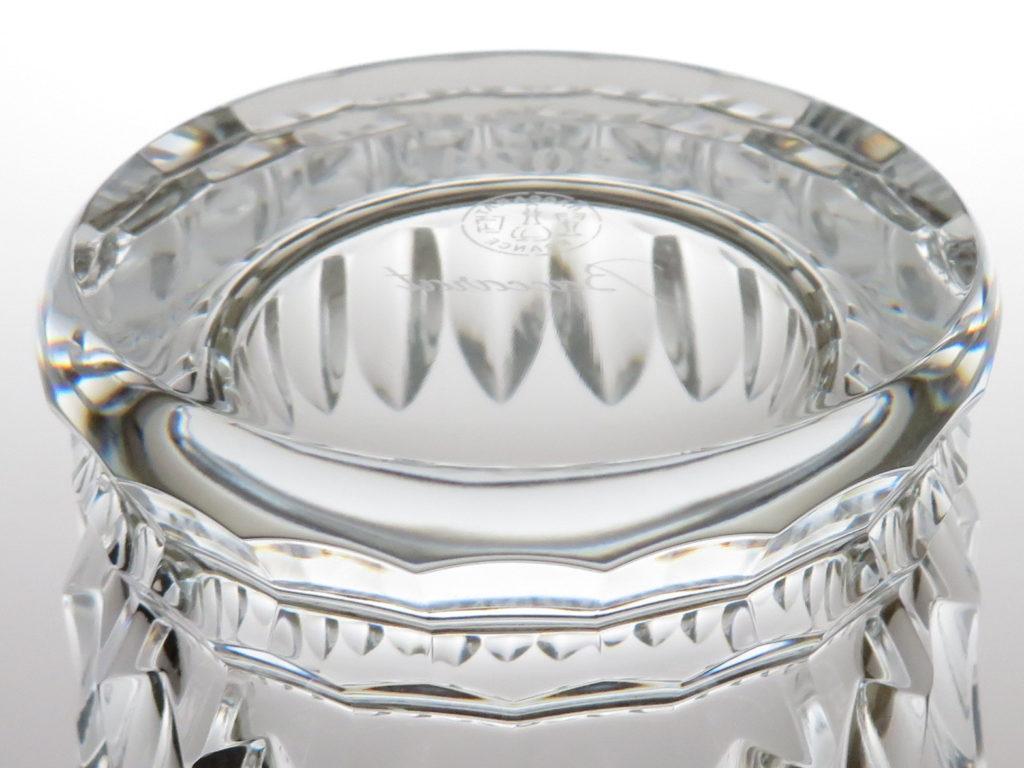 バカラ2021年のイヤーグラス、ティアラ底部