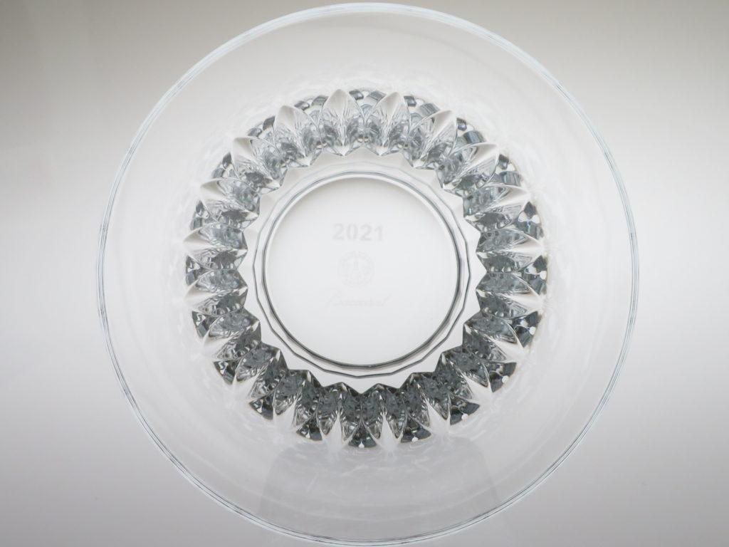 バカラ2021年のイヤーグラス、ティアラ真上から