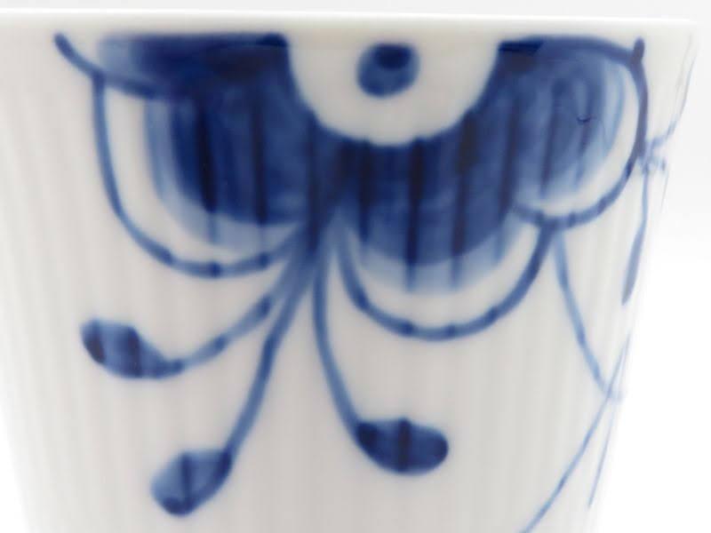 ロイヤルコペンハーゲンのメガ、スタイルカップの模様